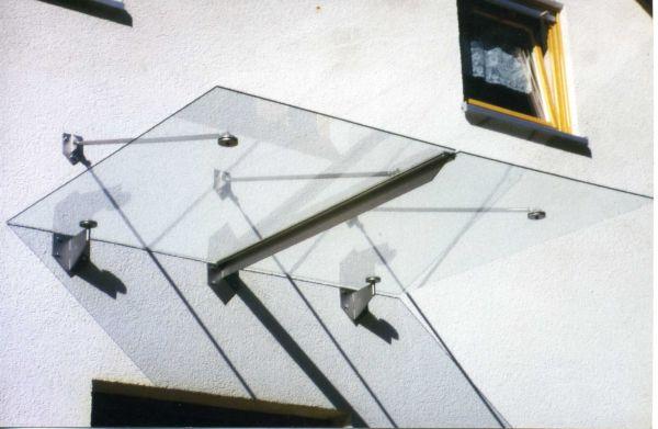 Eingangsüberdachung Zauberfeld 2000